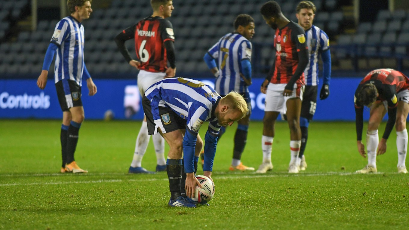 Bannan_ball-on-spot_Bournemouth.jpg