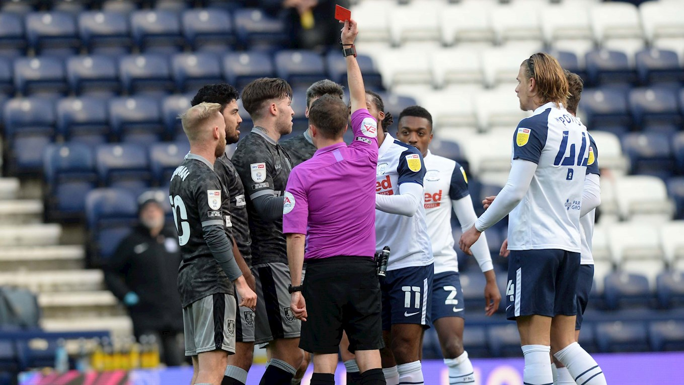 Windass_red-card_Preston.jpg