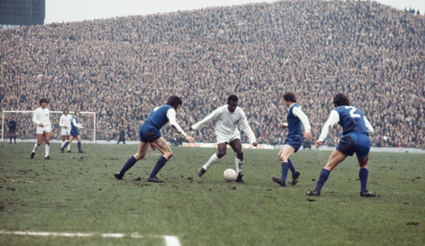 Pele_Hillsborough.jpg